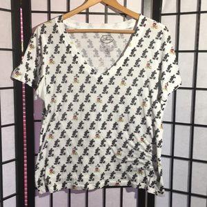 Disney Mickey Mouse T-shirt Size XL